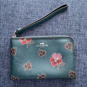 Floral COACH wristlet and Card Holder Set